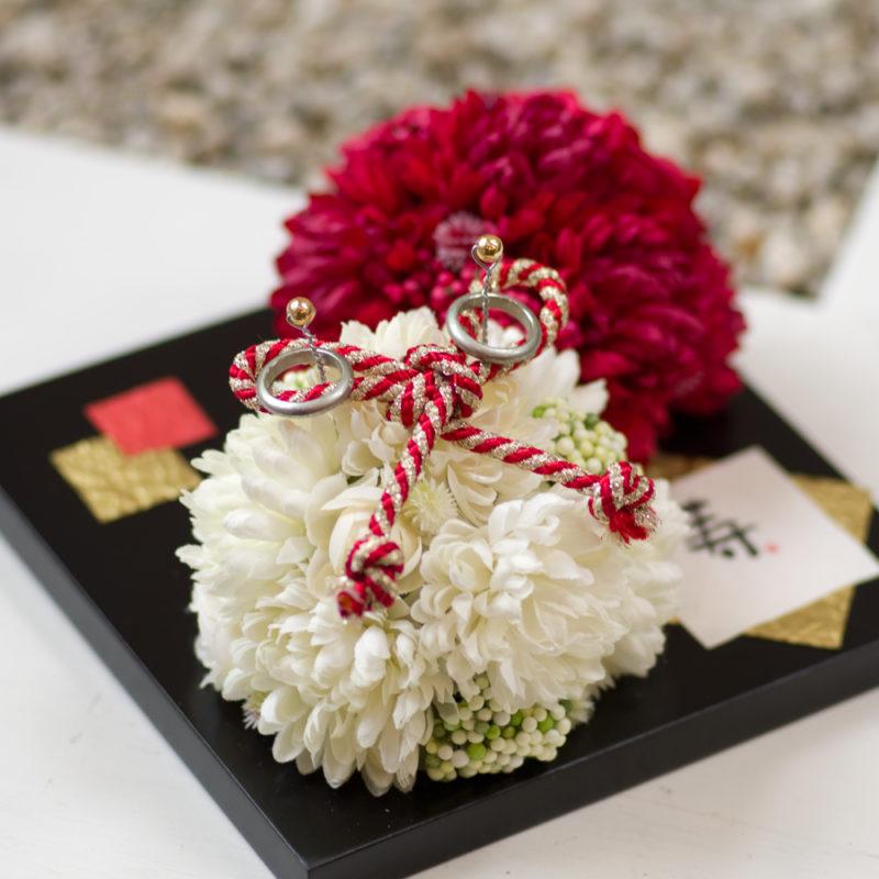 和風紅白花玉リングピロー